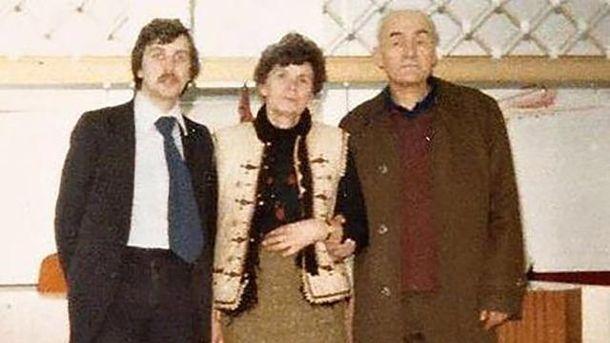 Караванский (справа) с женой после эмиграции из СССР