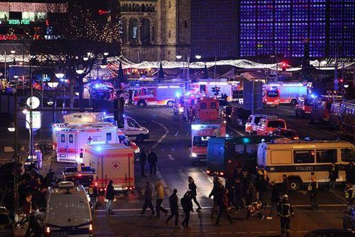 Місце трагедії на ярмарку в Берліні