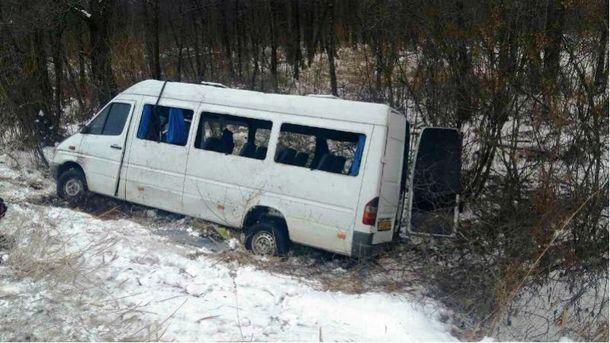 Перевернулся автобус с пассажирами