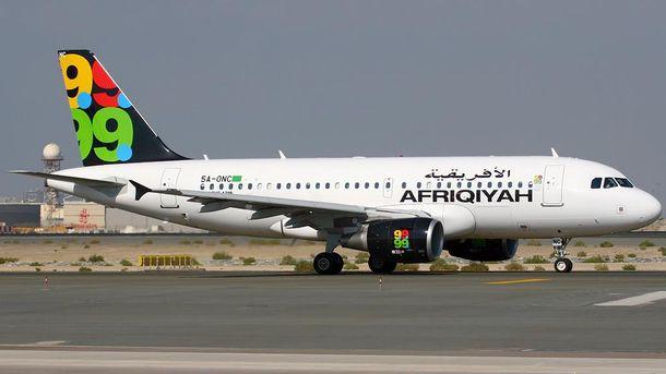Неизвестные угнали самолет с пассажирами на борту