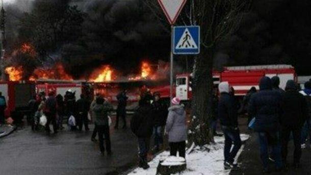 Пожежа на ринку в Києві