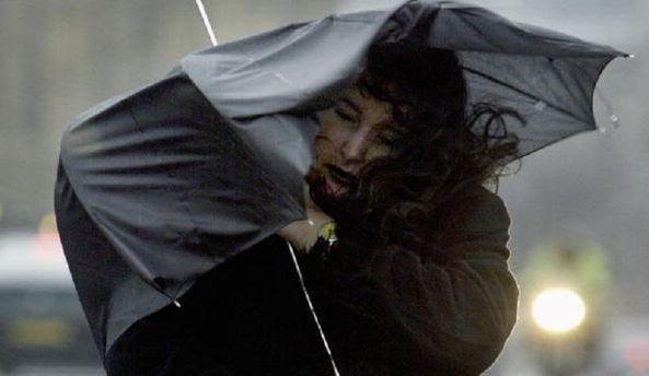 Назавтра поОдессе иобласти объявлено штормовое предупреждение