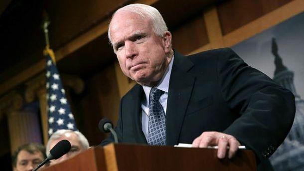 Джон Маккейн уже не раз был в Украине