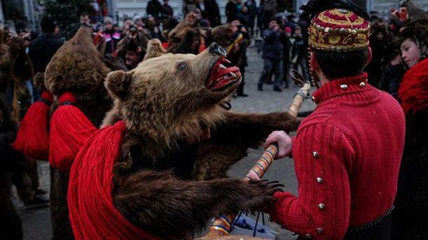 Парад ведмедів в Румунії