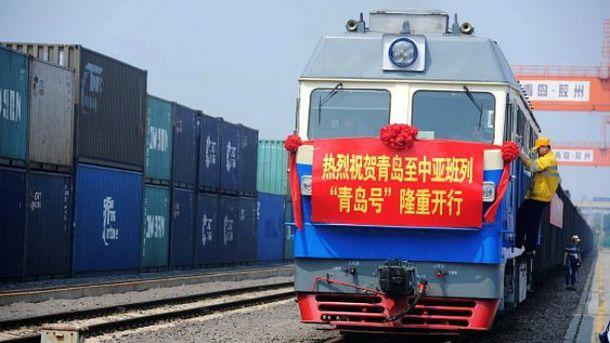 Китай і Великобританію з'єднає перший вантажний потяг