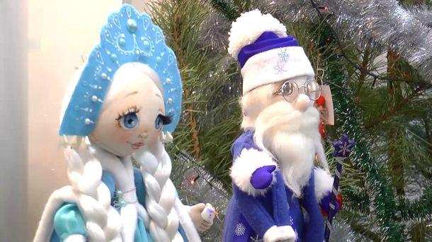 Удивительную выставку праздничных hand-made кукол открыли в Сумах