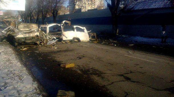 Мікроавтобус вибухнув у Донецьку