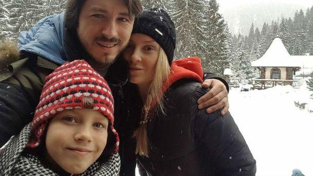 Сергій Притула з дружиною та сином
