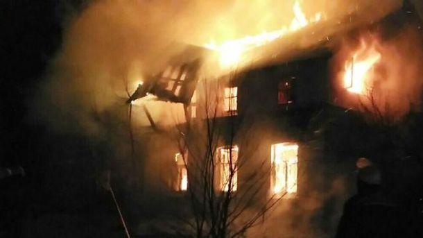 Вогонь гасили кілька годин