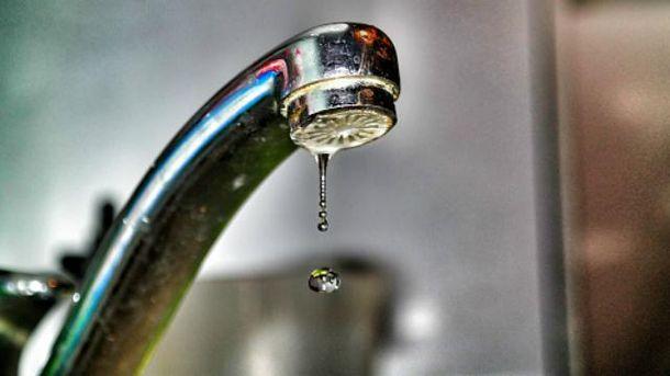 Украина продолжает подавать воду в оккупированный Луганск