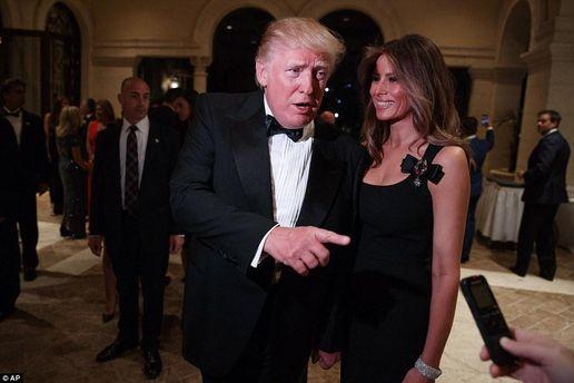 Скандальное платье Мелании Трамп