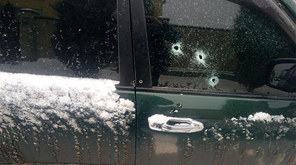 У автомобіль поліції було випущено близько 7 кіль