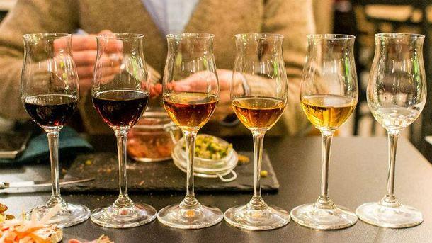 Алкоголь повышает аппетит