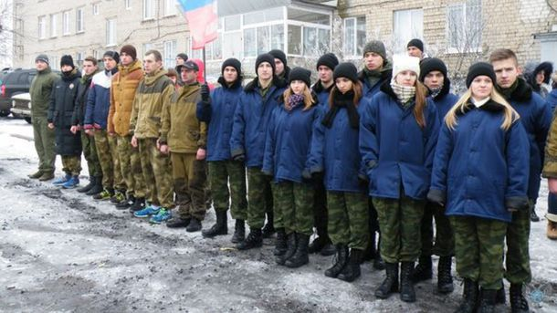 Террористы студентов Донбасса гонят на фронт