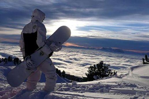 Сноубордист на Драгобраті