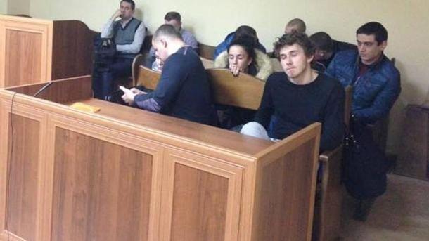 Суд над виновником смертельного ДТП Толстошеевим