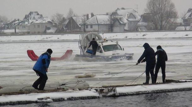 Спасательные работы начались еще 17 января