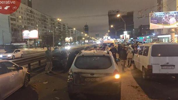 Масштабна ДТП у Києві