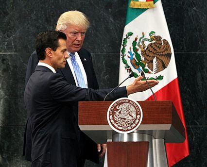 Президент США Дональд Трамп и президент Мексики Энрике Пенья Ньето