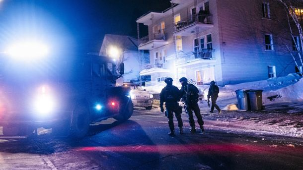 В главной мечети Квебека произошла стрельба