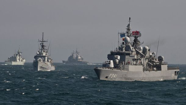 У Чорне море ввійшли фрегати та ракетний есмінець військ НАТО