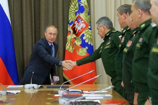 Володимир Путін з генералами