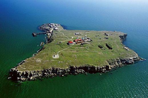 Острів Зміїний у територіальних водах України
