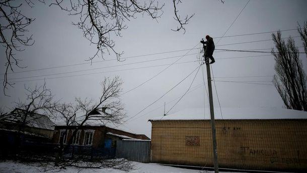Российская сторона ограничивает работу ремонтников по восстановлению инфраструктуры Донбасса