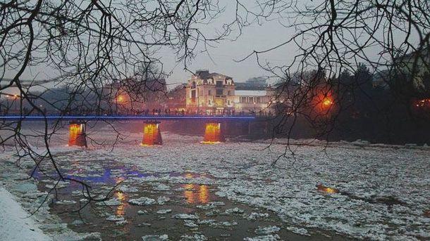 Река Уж зимой