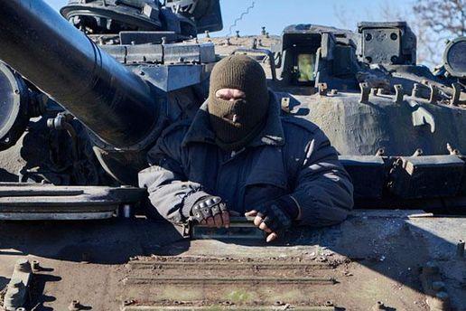 Бойовики стріляли на Донбасі з танків мінометів та гранатометів