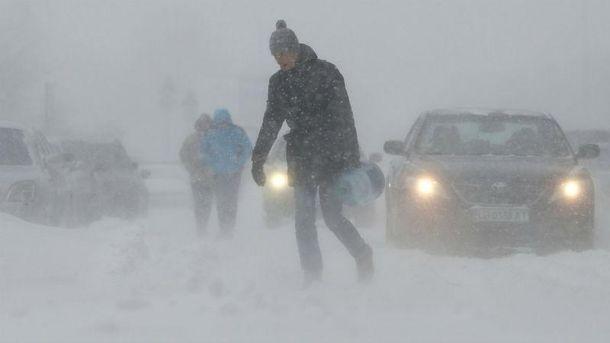Гідрометеоцентрі  кажуть про штормовий сніг та вітер