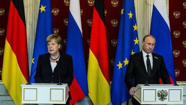 Меркель поговорила с Путиным