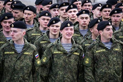Російським військовий несолодко служиться в анексованому Криму