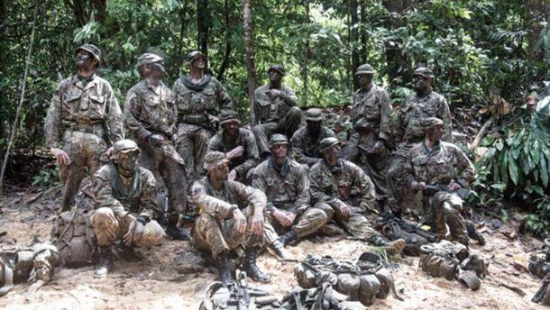 Солдаты из полка Королевской кавалерии Великобритании в камуфляже