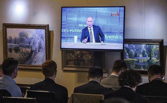 Российскому телевидению верят все меньше граждан РФ