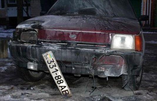 Сожженный автомобиль журналиста на Днепропетровщине
