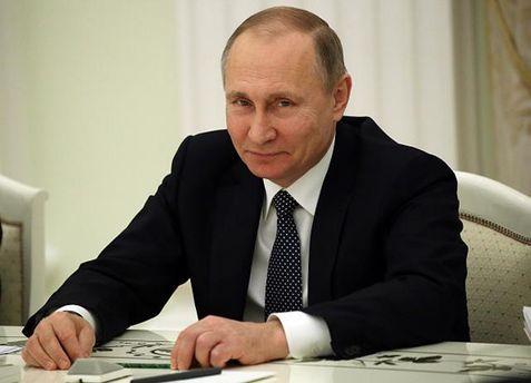 Владимир Путин собрал вокруг себя бывших членов КПСС и КГБ