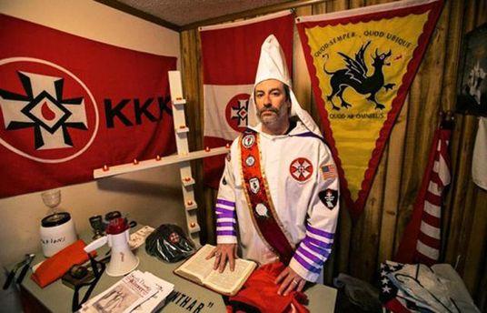 Члена Ку-Клукс-Клану Френка Анкону знайшли мертвим