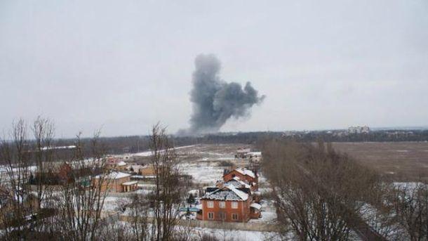 Столб дыма был виден за несколько километров от химзавода