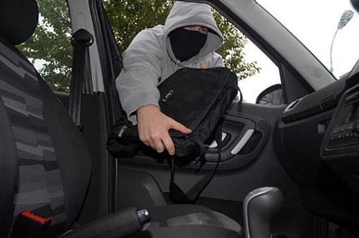 Ограбили авто депутата Верховной Рады