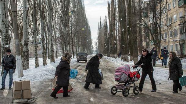 Боевики снова палят по жилым кварталам