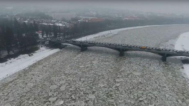 Льодохід в Ужгороді