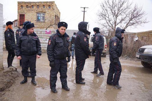 Російські силовики вдерлися до кримських татар