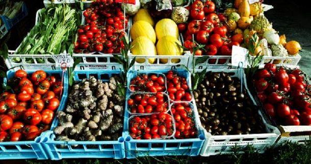 Овочі та фрукти корисні