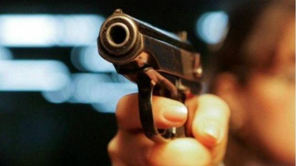 Стреляли в полицейского
