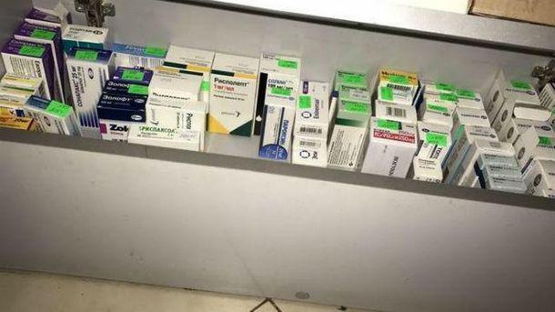 Аптеки торгували фальсифікатом і контрабандою