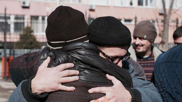 Звільнення кримських татар з-під арешту