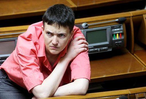 Все больше депутатов не хотят сидеть рядом с Савченко