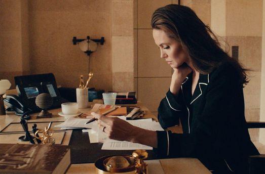 Анджелина Джоли для