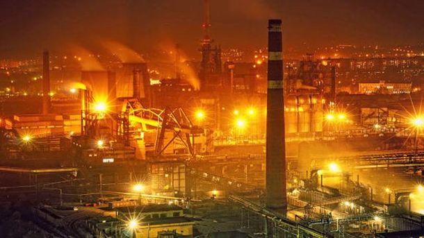 Заводы оккупированного Донбасса теперь будут работать на Захарченко